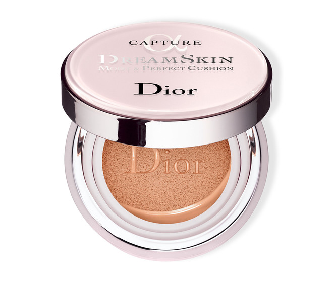 Dior Capture Dreamskin Moist & Perfect Cushion